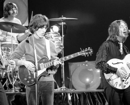 Beatles-Revolution-Video-FB