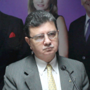 Oscar Vallarino ACP