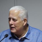 Dr. Ernesto Perez Balladares